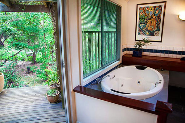 The Haven - Deluxe King Size Spas at Ashwood Cottages
